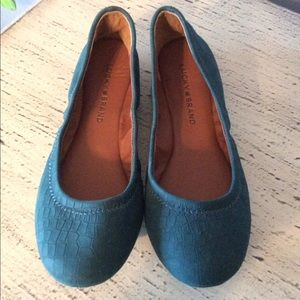 BRAND NEW-LUCKY BRAND SHOES. STYLISH & COMFORTABLE